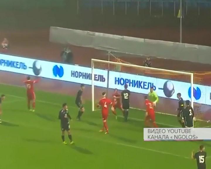 Алексей Дюмин поздравил молодежную сборную Российской Федерации пофутболу