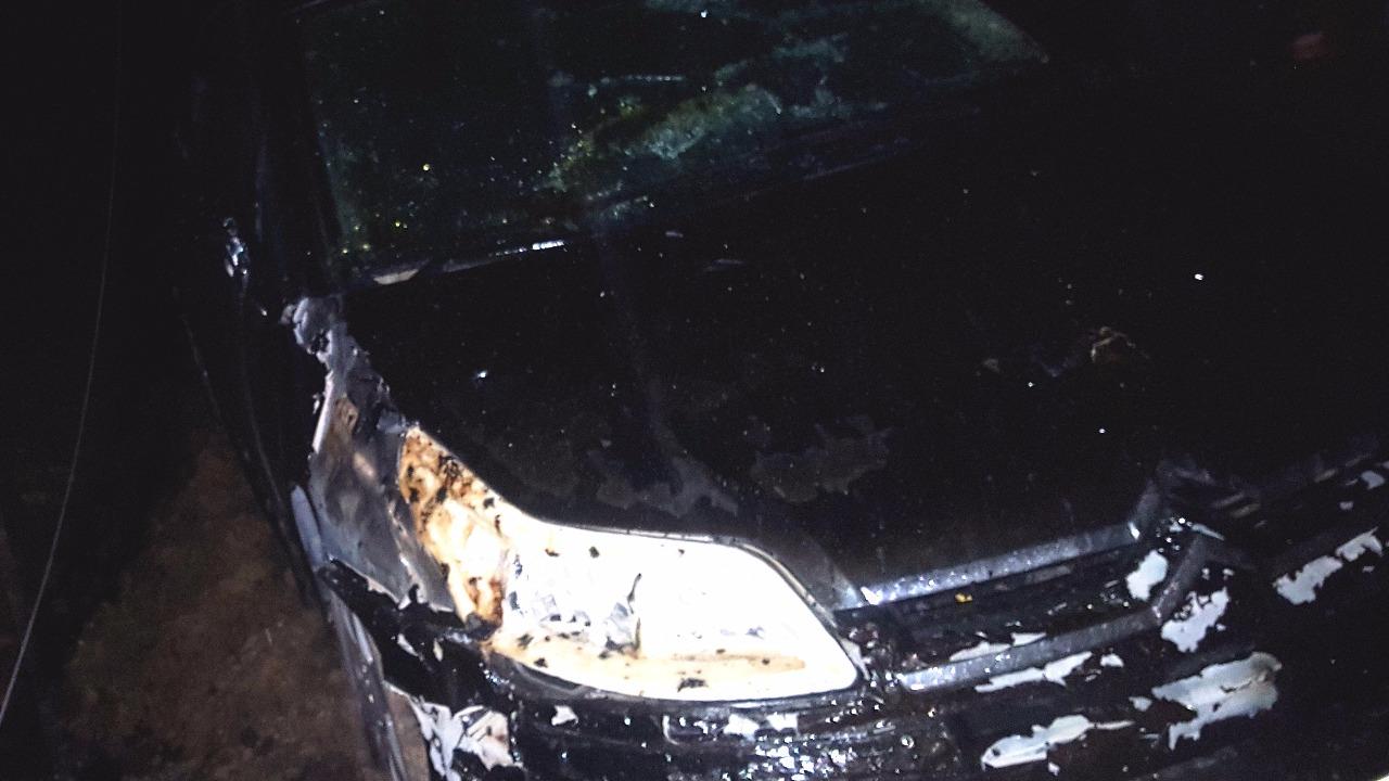 Несколько авто сгорело вгараже— Пожар вУфе