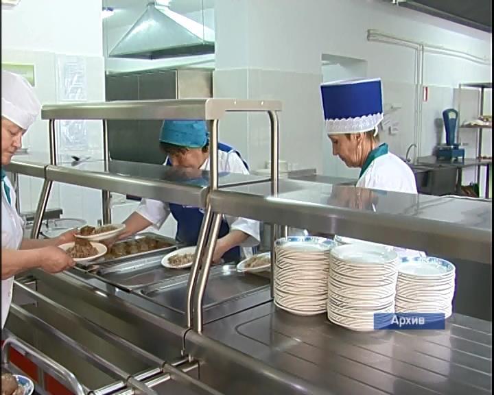 Санитарные медперсонал оценили питание всмоленских школах