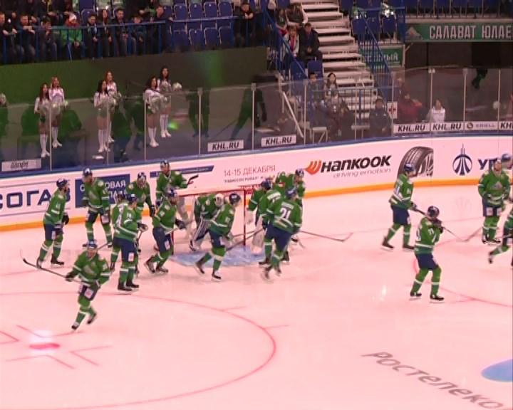 «Салават Юлаев» прервал 6-матчевую победную серию «Локомотива» вКХЛ