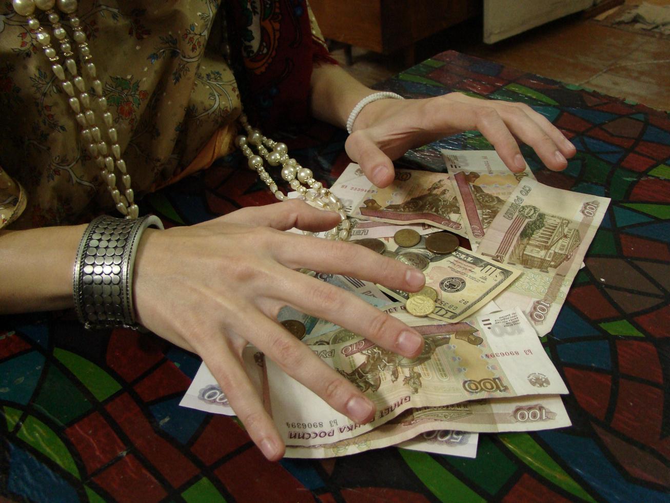 Русская девочка отдалась за деньги на улице 8 фотография