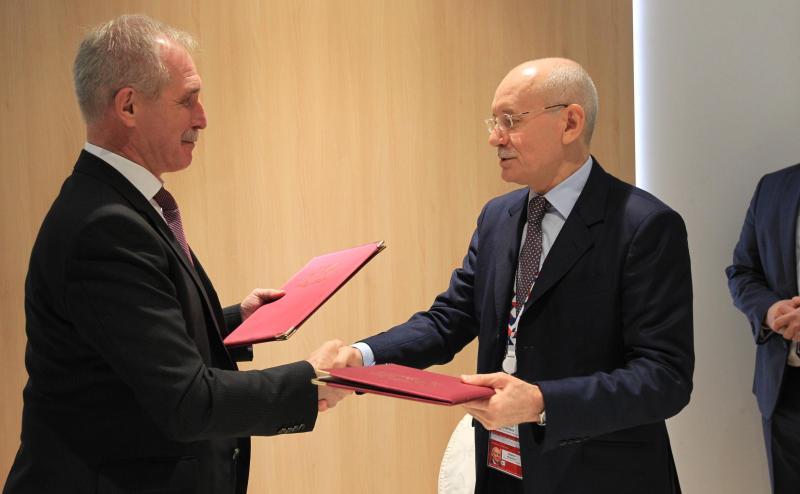 Башкирия подписала соглашение осотрудничестве сУльяновской областью