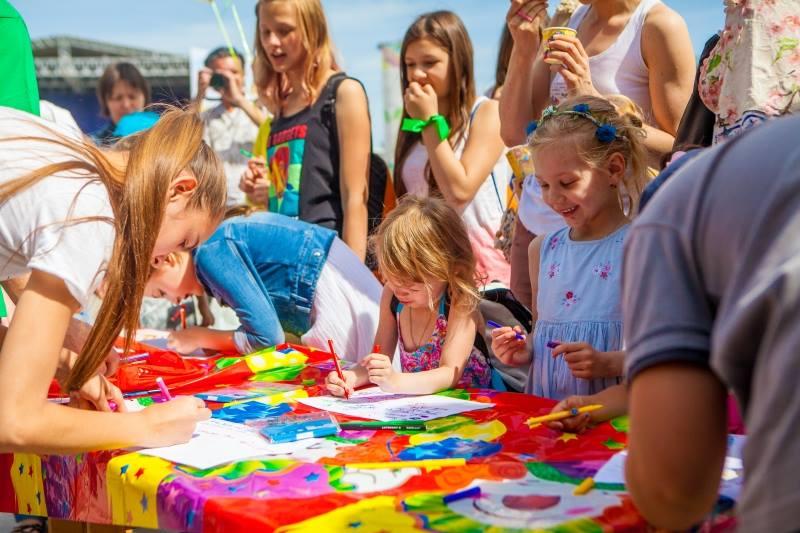 Уфа одолела вконкурсе городов Российской Федерации «Город детей— город семей»
