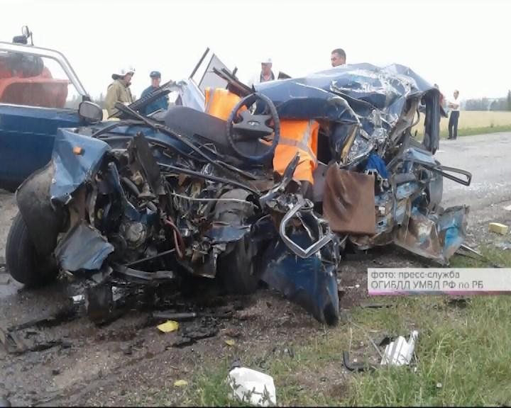 Пермяк зарулем фургона попал вДТП, где погибли мать идочь