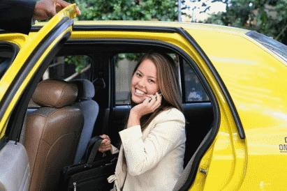 Красноярск оказался влидерах поколичеству вежливых пассажиров такси